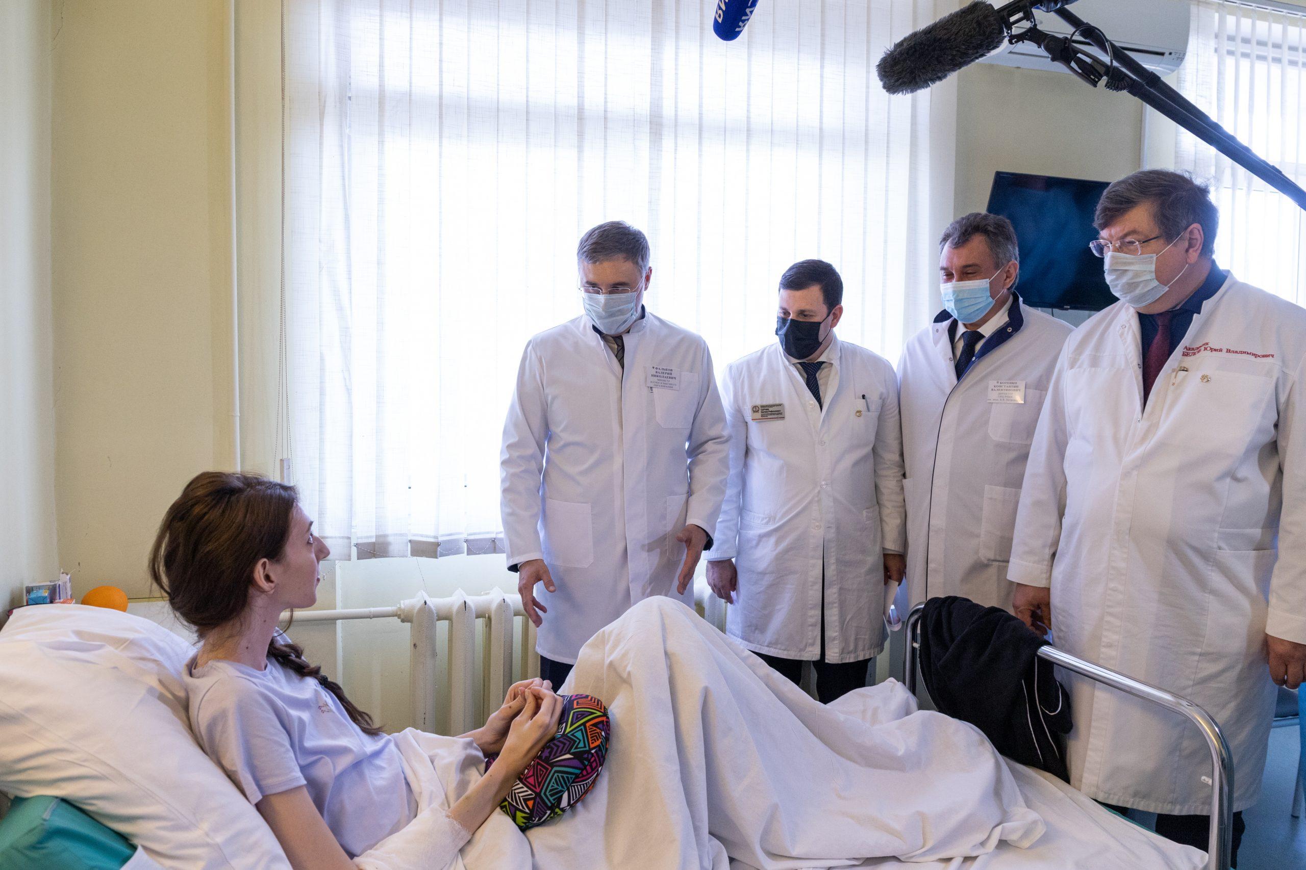 Валерий Фальков открыл Школу надлежащей хирургической практики