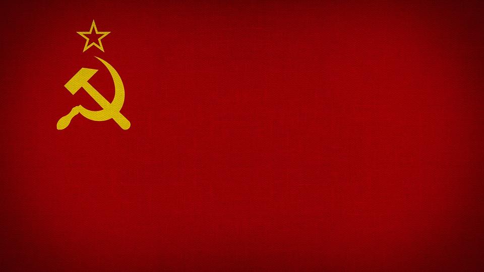 Роскомнадзор потребовал от Instagram незамедлительно снять ограничения на воспроизведение гимна России