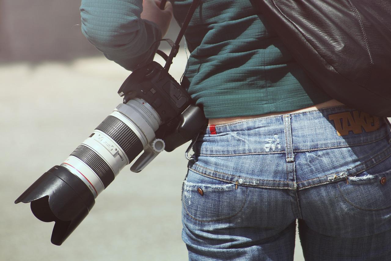 «Швабе» отправил в Германию партию фотообъективов