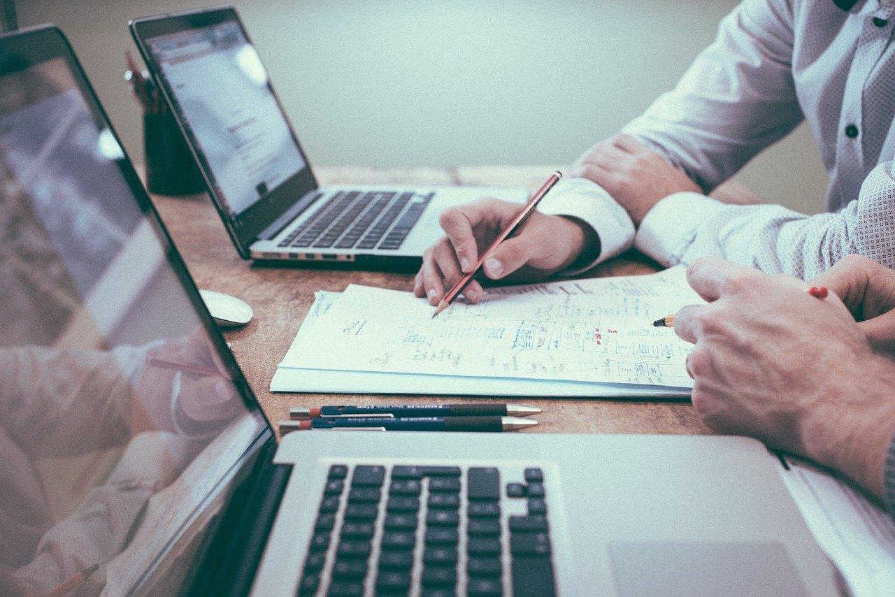 Электронный документооборот упростит взаимодействие граждан с работодателями, получение ими государственных и муниципальных услуг