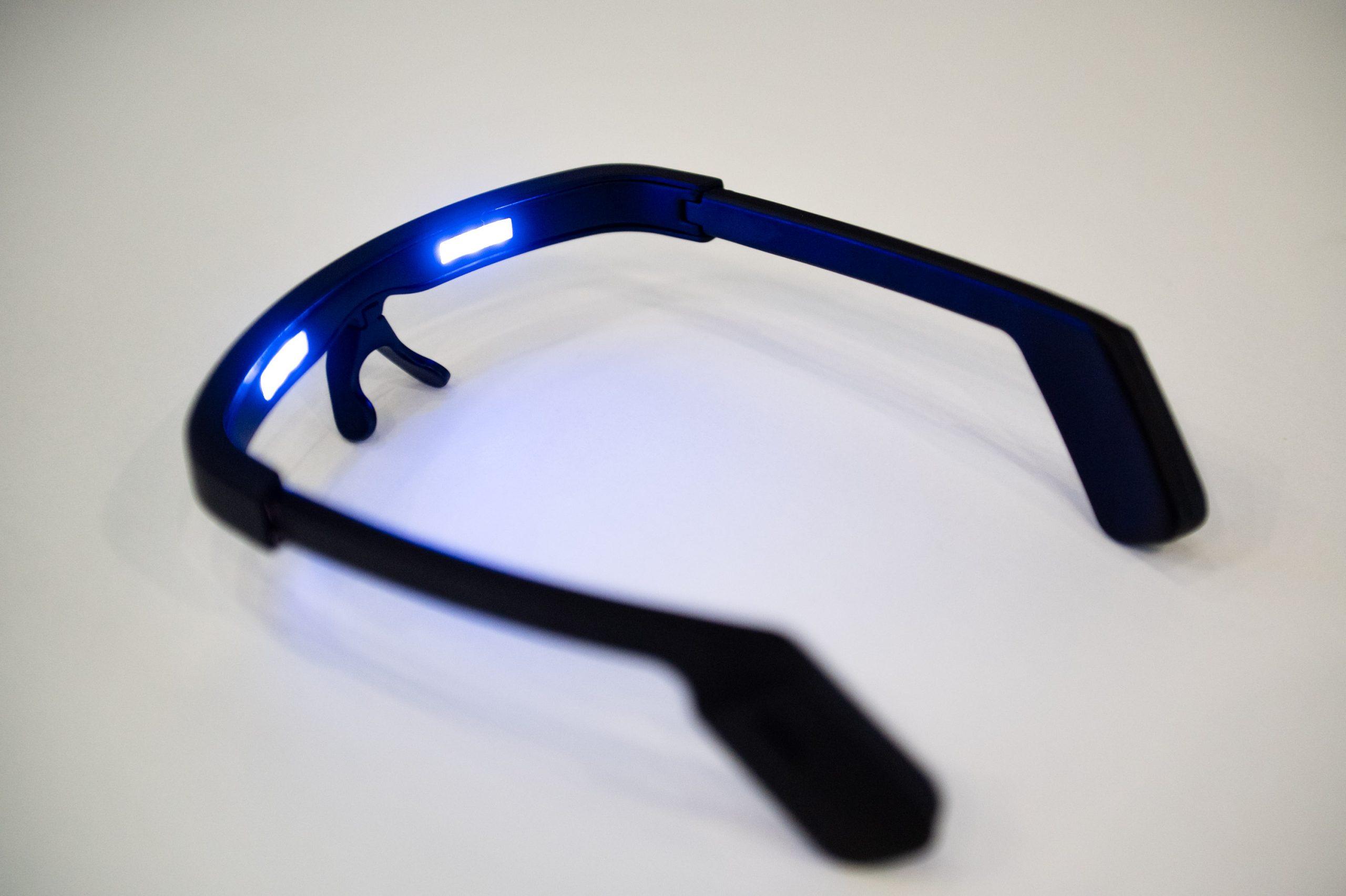 Ростех впервые представил очки для борьбы с бессонницей