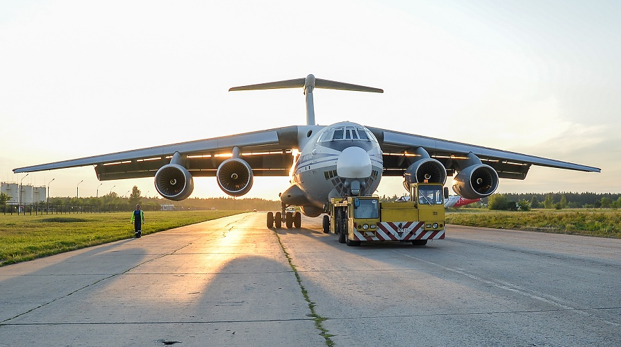 «Авиастар-СП» собрал на новой поточной линии первый Ил-76МД-90А и передал его заказчику