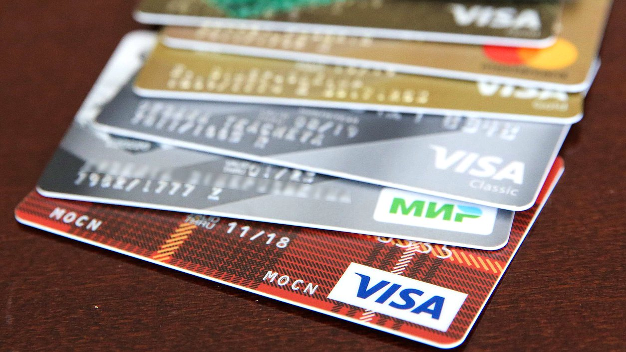 Число выдаваемых гражданам кредитов могут ограничить
