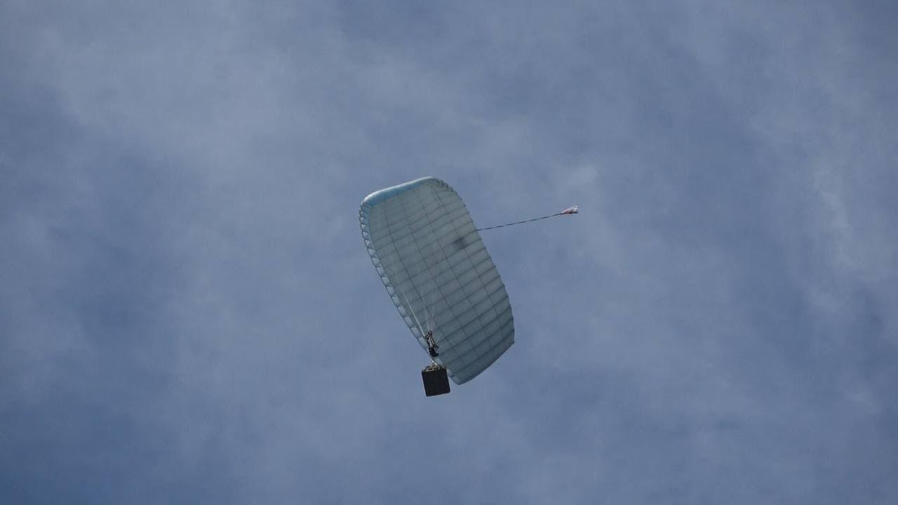 Ростех завершил заводские испытания «умного» транспортного парашюта